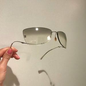 Chanel pearl glasses sunglasses
